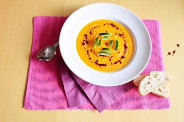 Kalte Karotten-Orangen-Suppe