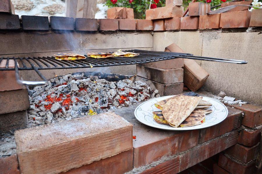 Fertige vegane Quesadillas